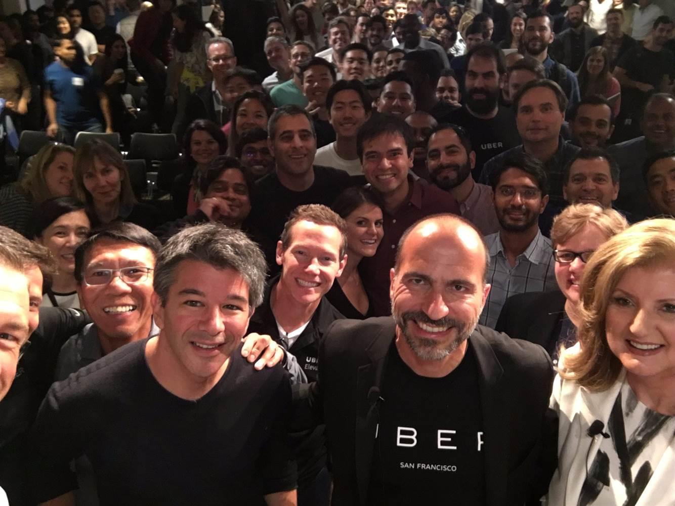 Uber CEO见面会细节:卡兰尼克哭了 员工为他鼓掌