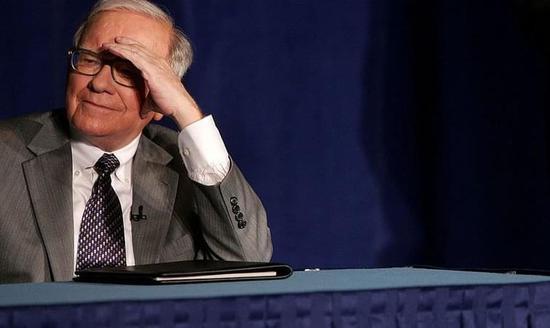 IBM失去最大股东信任,巴菲特卖了三分之一