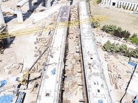 济青高铁全线体量最大连续桥梁完成合龙