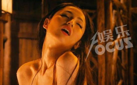 """""""花瓶""""蓝燕:女人最怕的不是裸露,是不美"""