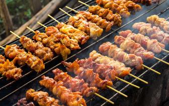 烹饪方法有讲究 烤肉易导致血压升高