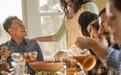 过节聚餐 吃顿饭高血压风险增6%