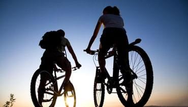 春季骑自行车有四大好处 哪种骑法最有减肥效果