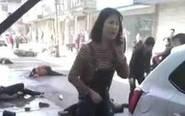 女孩连撞7名老人被吓哭