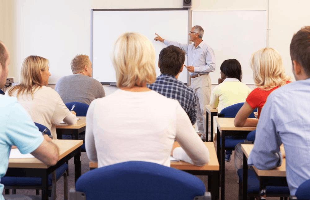 送给青年教师 8位特级教师眼中好课的标准