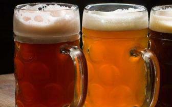 国内啤酒企业集体涨价 终端市场却在打促销战