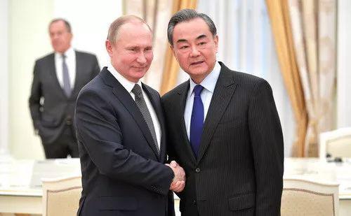 这两位副国级同在莫斯科 所为何事?