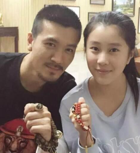 杨子与前妻15岁女儿近照曝光 眉清目秀还是学霸