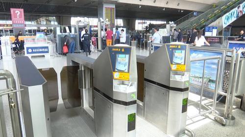 银川火车站开启人脸识别进站系统