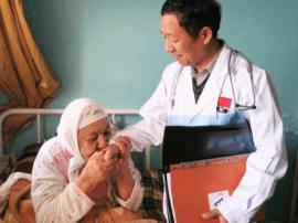 """""""在摩洛哥 我代表国家"""" 沪医疗队月救治1万人以上"""