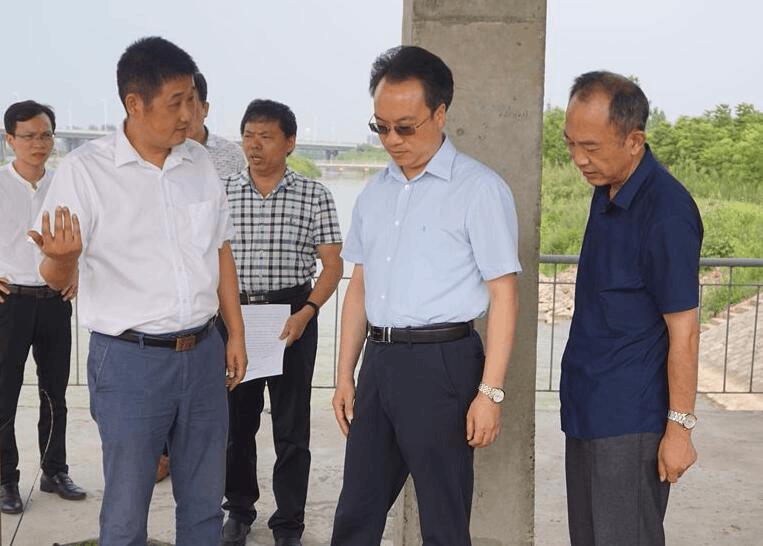 荆州市领导调研引江济汉水生态保护工作