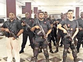 福清帅哥在南非组建安保公司 拉起500人安保队伍