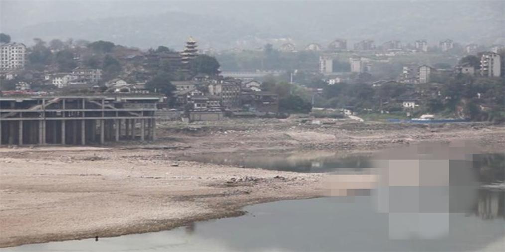 嘉陵江水位达到三年来最低 船舶谨慎操作