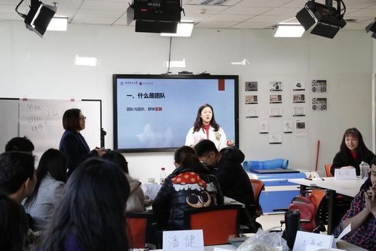 """江苏学信学院走进""""双一流""""高校创业班课堂"""