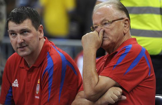 凯撒(左)和伊夫科维奇