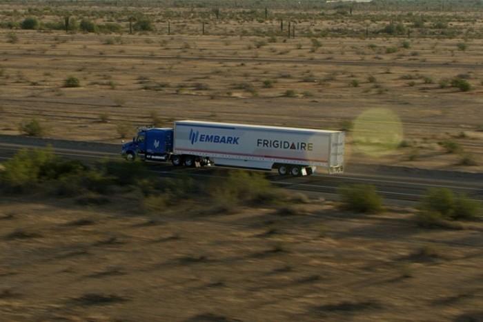 Embark完成2400英里自动驾驶卡车测
