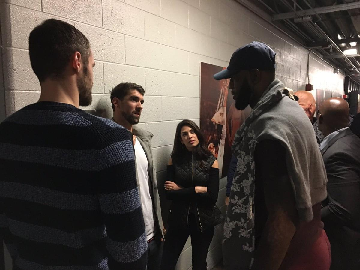 泳壇傳奇Phelps盛贊LBJ:偉大當如此 詹皇:把暴扣獻給你
