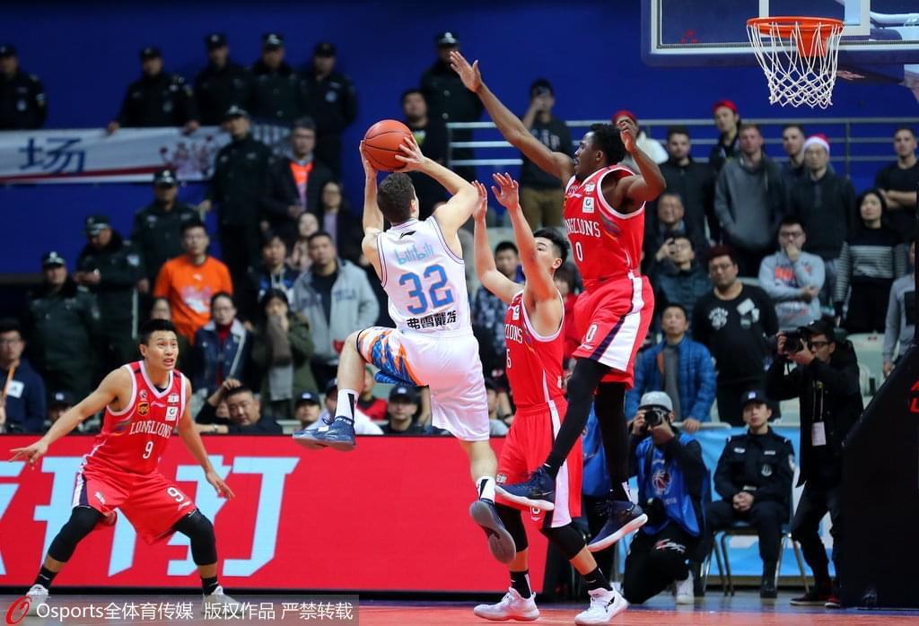 广州加时4分险胜上海避连败 弗神31分克里斯顿45+7