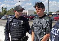 美国移民执法局拟加大力度 打击无证移民雇主