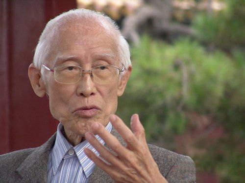 著名诗人余光中去世 享年89岁