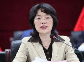 綦江书记潘毅琴:推动园区集约化集群化循环化发展