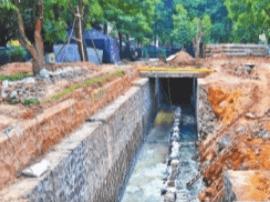 市区坍塌排洪渠已动工修复 预计元旦前完工