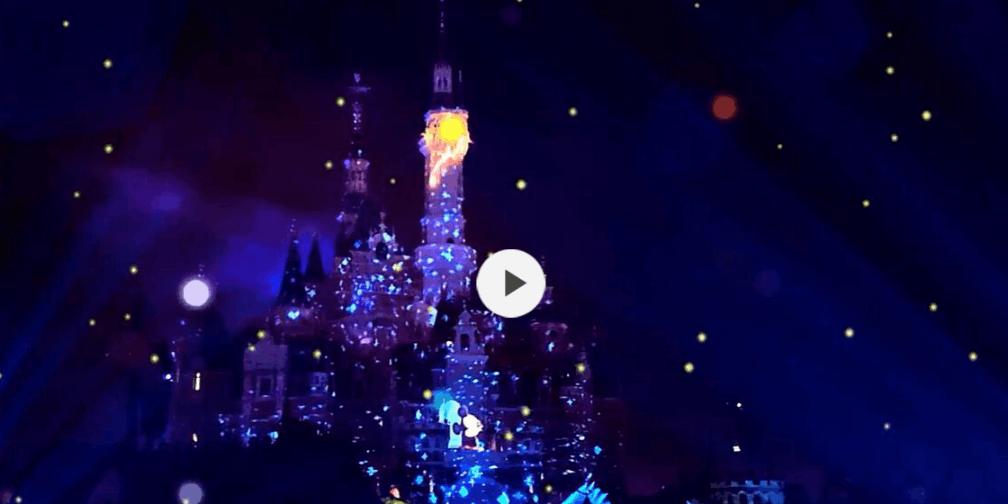 上海迪士尼夜光幻影秀,彩灯梦幻,烟花绚烂美丽