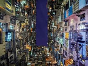 """福州人没见过的香港的""""棺材房"""""""