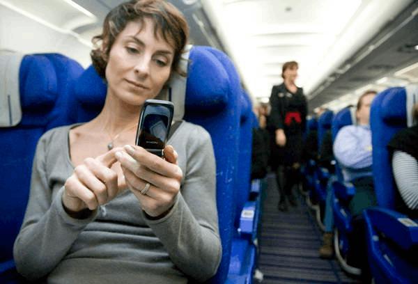 @佛山街坊 未来飞机上或将可以用手机了!