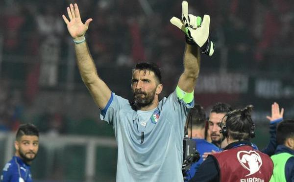 布冯千场德罗西点射 意大利2-0屈居第二