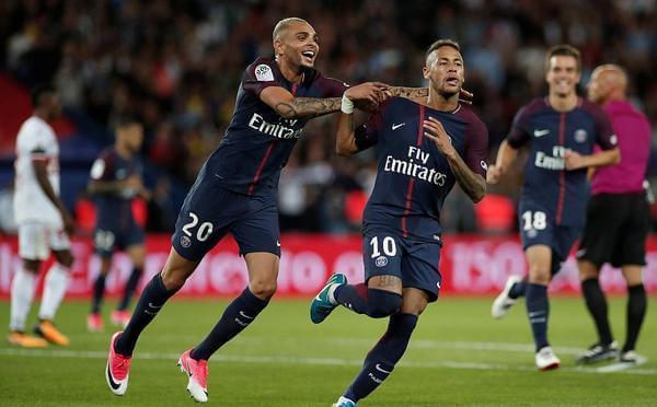 内马尔2传2射加造点 10人巴黎6-2轻取3连胜