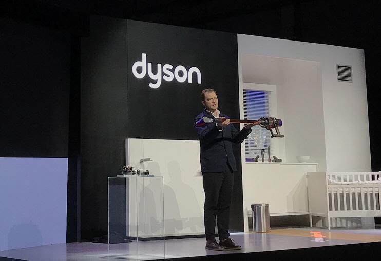 戴森发布Cyclone V10吸尘器,售价4990元