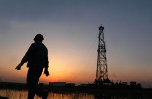 如今,谁能守着油井一辈子呢
