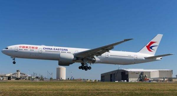 东航777客机
