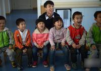 """男幼教被幼儿园""""哄抢"""" 3名男生读大一就被预定"""