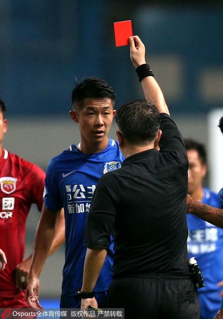 富力染红队员:中国足球需要公平 奥斯卡气急败坏