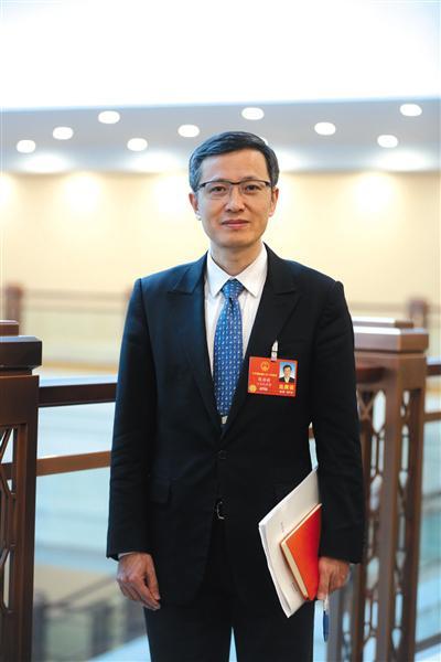 全国人大代表陈静瑜:建议放开尘肺病诊断限制
