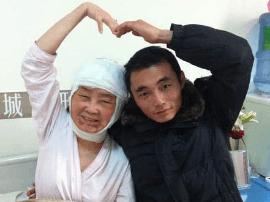 深圳美女生娃后得怪病:脸皱成老奶奶 丈夫不离不弃