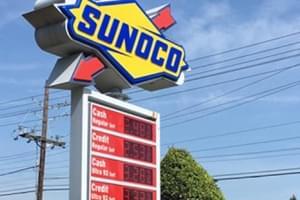 实拍美国加油站的价格