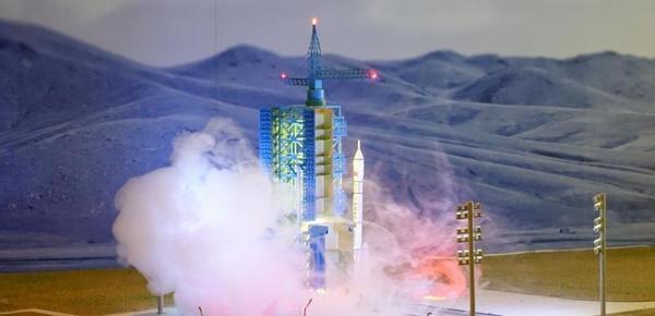 中国载人航天发射场模型亮相香港