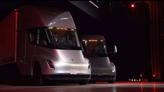 或明年量产 特斯拉电动卡车Semi再获大订单