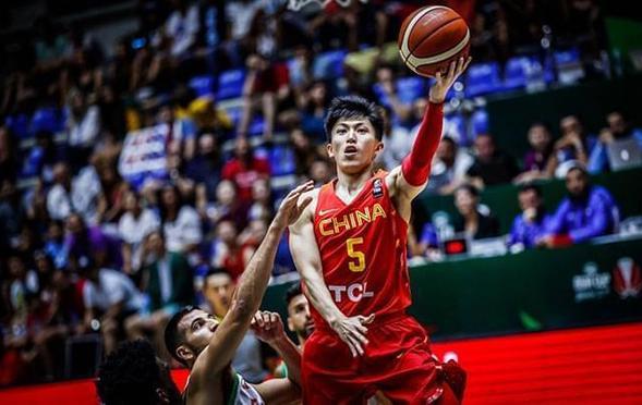 五人得分上双! 中国男篮险胜黎巴嫩