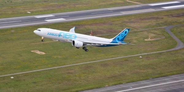 空中客车A330neo首飞成功