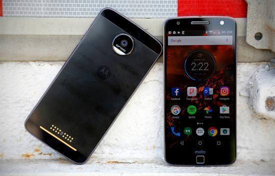 联想欲借收购后首款模块化手机让Moto重回巅峰的照片