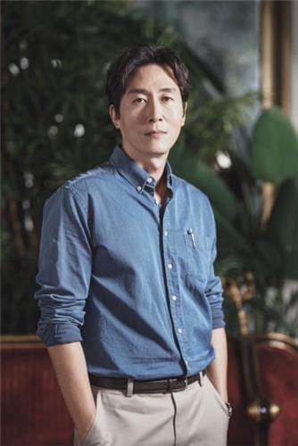 46岁韩男星金柱赫车祸去世 曾演《1988》成年阿泽