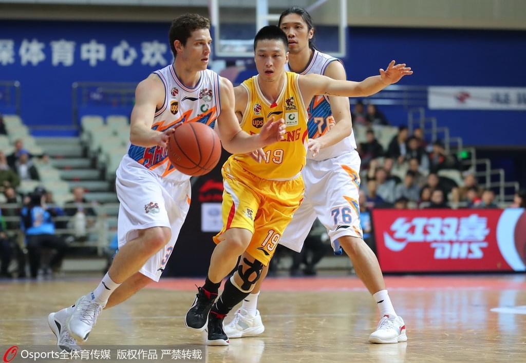 希克森36+20弗雷戴特空砍32分 上海9分不敌同曦