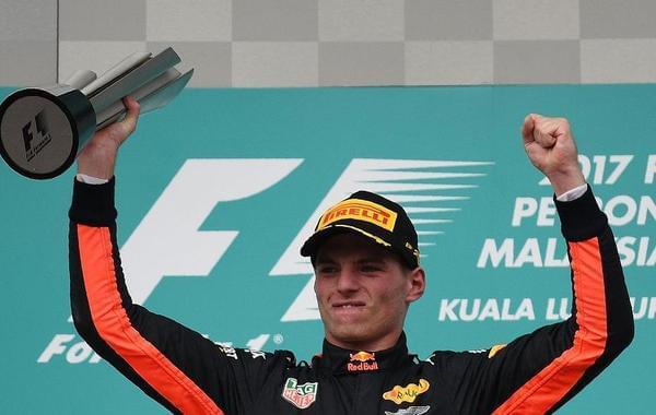 F1大马站维斯塔潘夺冠