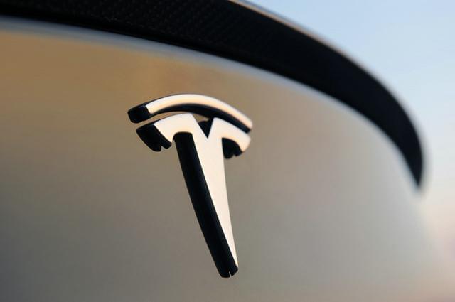 特斯拉Autopilot系统遭美国交通安全委警告