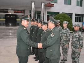 运城军分区司令员范维山到临猗县人武部检查调研