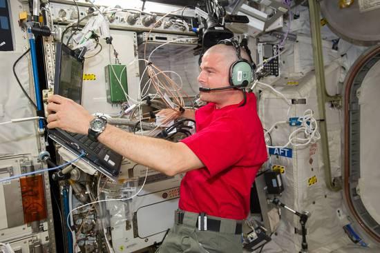这是要上天啊!国际空间站将迎来第一位机器人同事